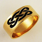 14 Karat yellow gold celtic band