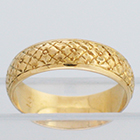 14 Karat Yellow Gold hand-engraved band with square flowers all-over pattern